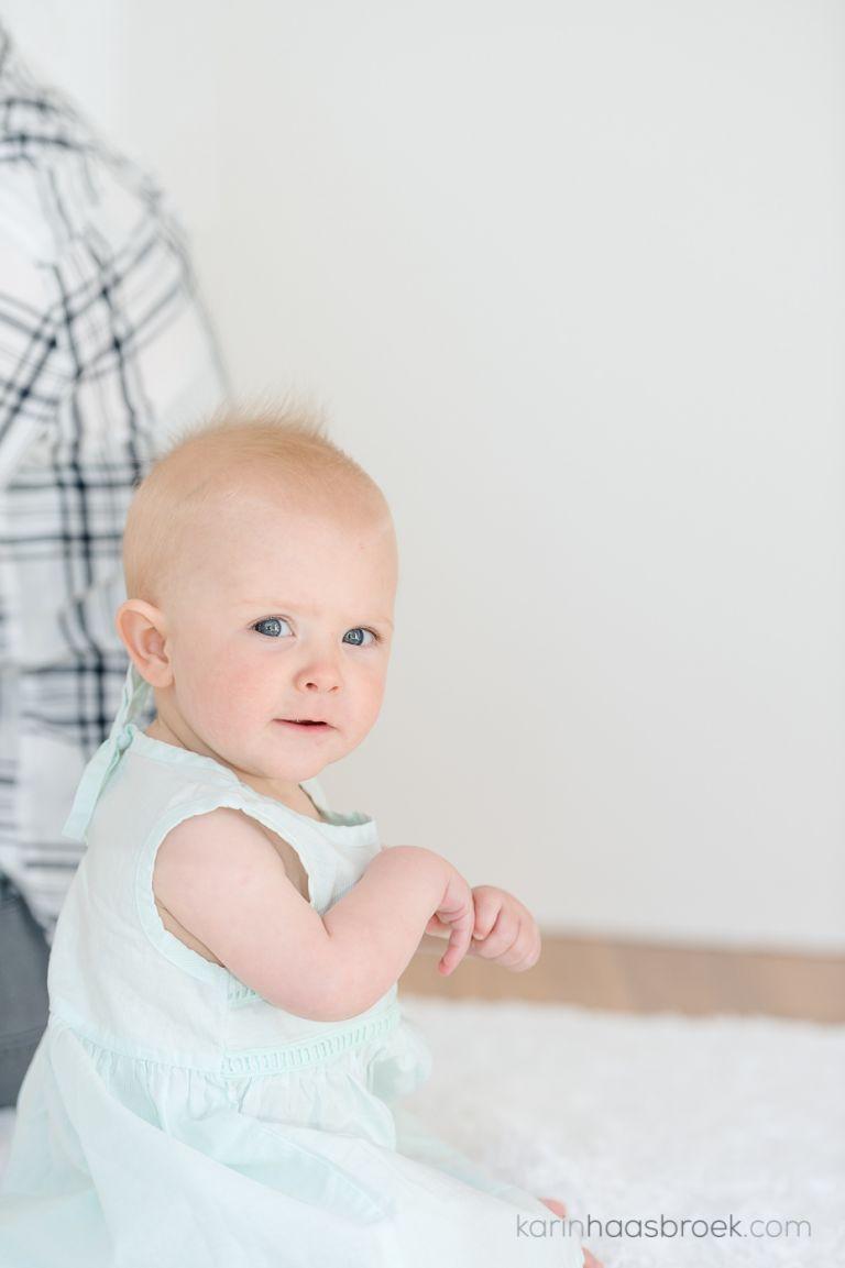 2_karinhaasbroek-com_carla-rautenbach_fae-8-month_babies-first-year-plan__dsc0094